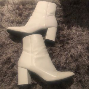 Missguided Shoes - White booties